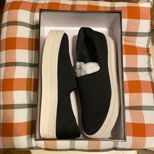 Brand New J/Slides Harlow Black 7.5